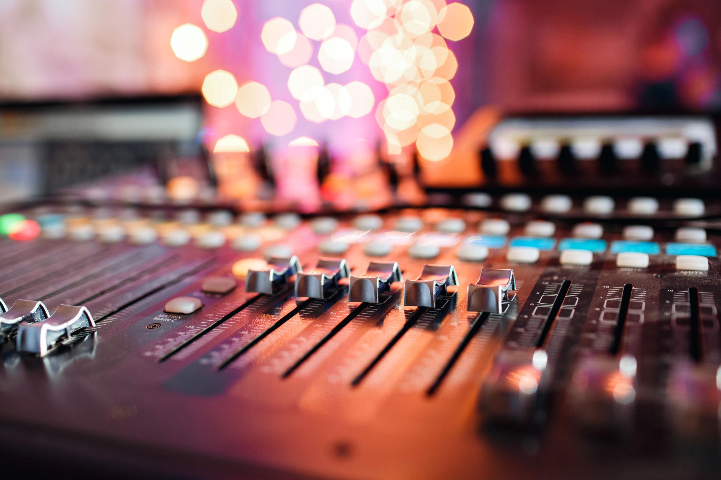 Reçois des instru rap à utiliser dans ton projet d'album ou de mixtape. Réalise ta demo facilement